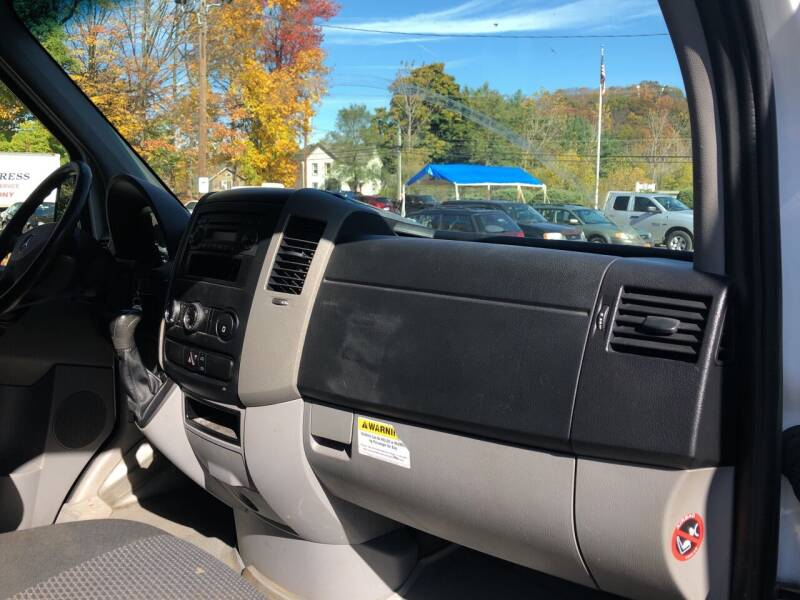 2012 Mercedes-Benz Sprinter Cargo 2500 3dr Cargo 144 in. WB - Danbury CT