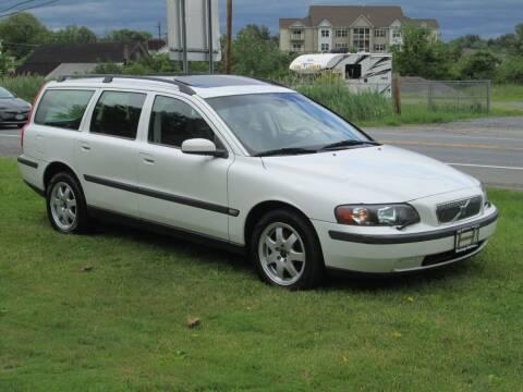 2004 Volvo V70 for sale at Saratoga Motors in Gansevoort NY