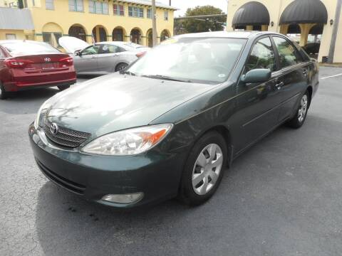 2004 Toyota Camry for sale at OLD SOUTH SALES in Vero Beach FL