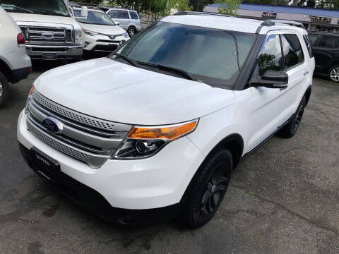 2014 Ford Explorer for sale at Autos Cost Less LLC in Lakewood WA
