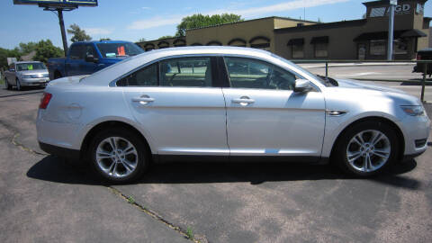 2013 Ford Taurus for sale at Auto Shoppe in Mitchell SD