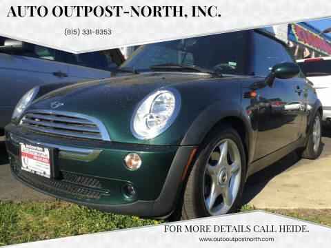 2006 MINI Cooper for sale at Auto Outpost-North, Inc. in McHenry IL