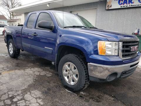 2013 GMC Sierra 1500 for sale at The Car Cove, LLC in Muncie IN