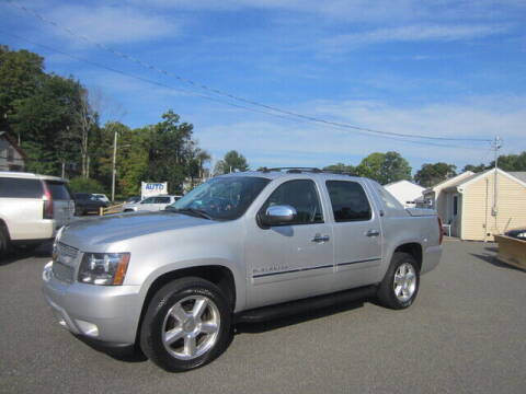 2013 Chevrolet Avalanche for sale at Auto Choice of Middleton in Middleton MA