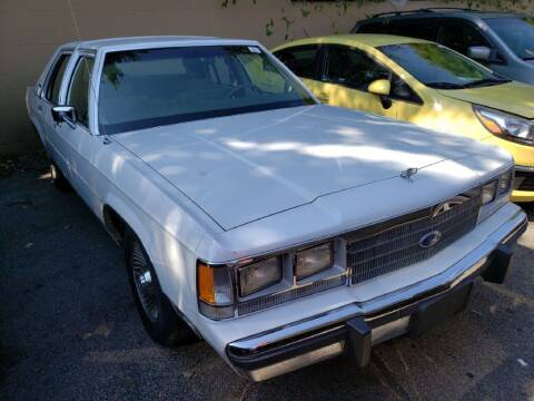1991 Ford LTD Crown Victoria for sale at Columbus Car Trader in Reynoldsburg OH