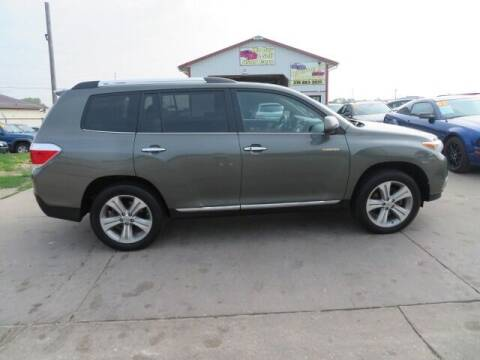2013 Toyota Highlander for sale at Jefferson St Motors in Waterloo IA