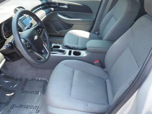 2015 Chevrolet Malibu LS 4dr Sedan - Cortland OH