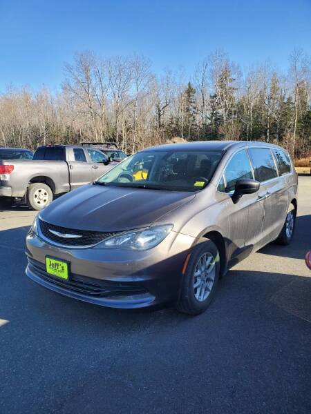 2017 Chrysler Pacifica for sale at Jeff's Sales & Service in Presque Isle ME