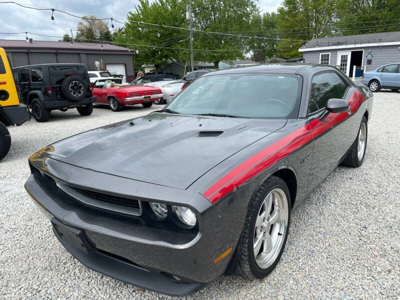 2013 Dodge Challenger for sale at Davidson Auto Deals in Syracuse IN