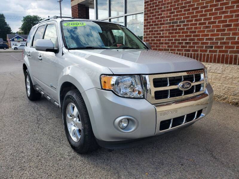 2009 Ford Escape Hybrid for sale at Auto Pros in Youngstown OH