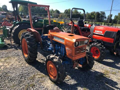 1982 Kubota L245DT for sale at Vehicle Network - Joe's Tractor Sales in Thomasville NC