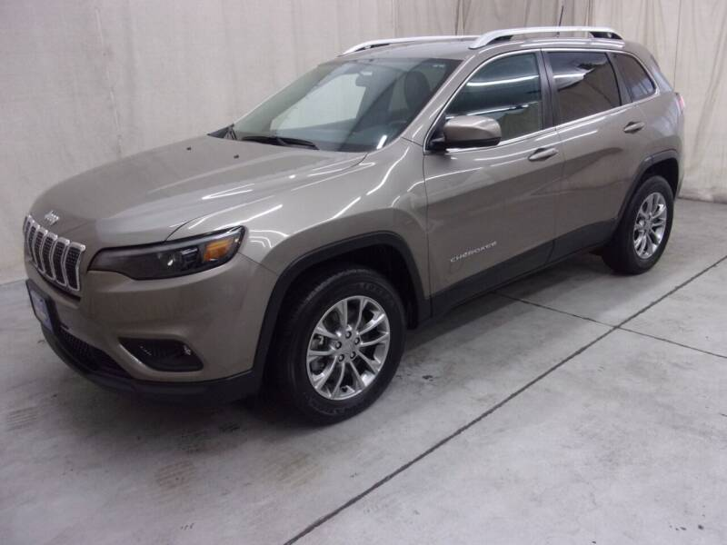 2019 Jeep Cherokee for sale at Paquet Auto Sales in Madison OH