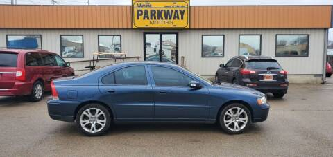 2009 Volvo S60 for sale at Parkway Motors in Springfield IL