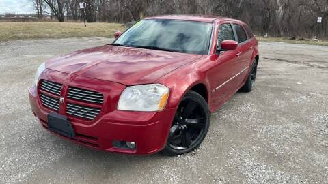 2007 Dodge Magnum for sale at ROUTE 6 AUTOMAX in Markham IL