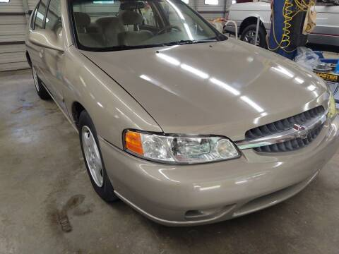 2001 Nissan Altima for sale at Lanier Motor Company in Lexington NC