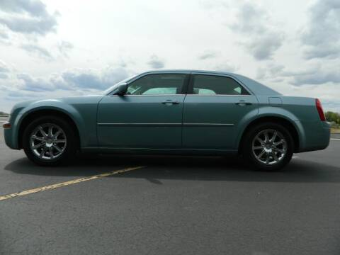 2008 Chrysler 300 for sale at C & V Auto Sales & Service in Moses Lake WA