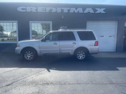 2003 Lincoln Navigator for sale at Creditmax Auto Sales in Suffolk VA