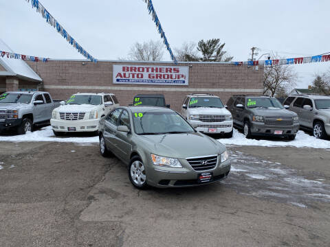2010 Hyundai Sonata for sale at Brothers Auto Group in Youngstown OH