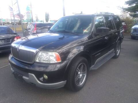 2004 Lincoln Navigator for sale at Wilson Investments LLC in Ewing NJ