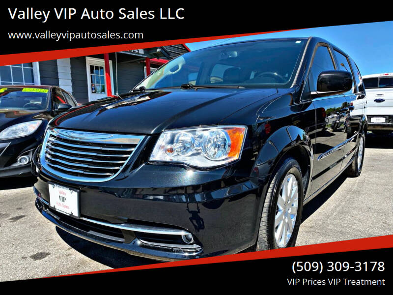 2016 Chrysler Town and Country for sale at Valley VIP Auto Sales LLC in Spokane Valley WA