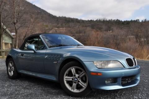 2000 BMW Z3 for sale at CAR TRADE in Slatington PA