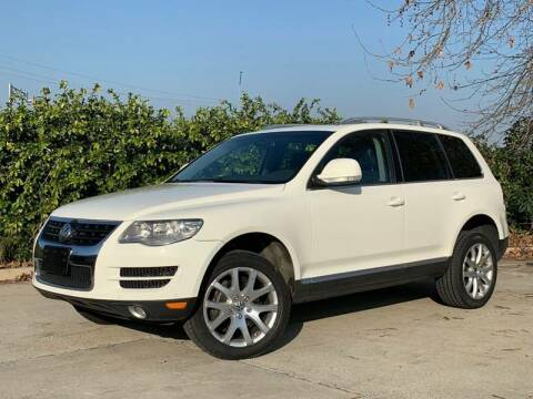 2009 Volkswagen Touareg 2 for sale at Auto Hub, Inc. in Anaheim CA