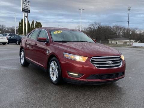 2013 Ford Taurus for sale at Betten Baker Preowned Center in Twin Lake MI