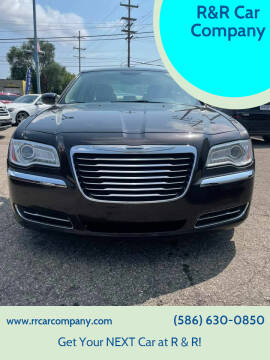 2013 Chrysler 300 for sale at R&R Car Company in Mount Clemens MI