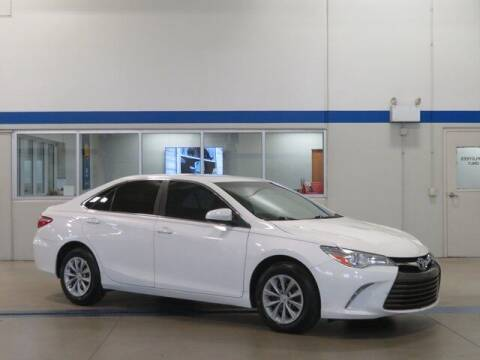 2016 Toyota Camry for sale at Terry Lee Hyundai in Noblesville IN