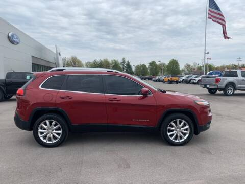 2017 Jeep Cherokee for sale at St. Louis Used Cars in Ellisville MO