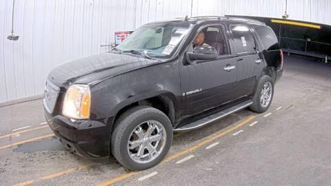 2007 GMC Yukon for sale at HERMANOS SANCHEZ AUTO SALES LLC in Dallas TX