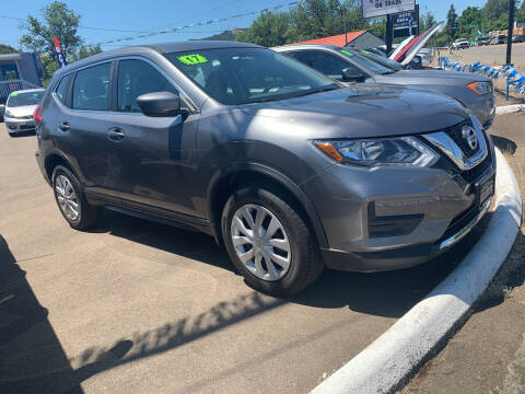 2017 Nissan Rogue for sale at City Center Cars and Trucks in Roseburg OR