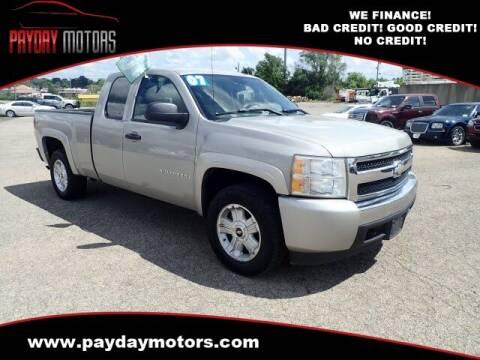 2007 Chevrolet Silverado 1500 for sale at Payday Motors in Wichita KS