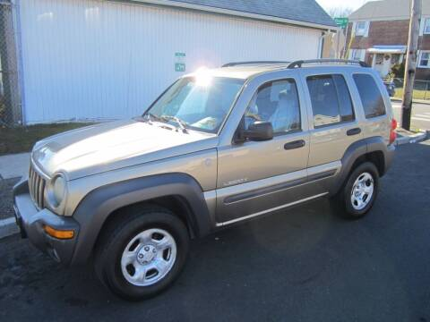 2004 Jeep Liberty for sale at Cali Auto Sales Inc. in Elizabeth NJ