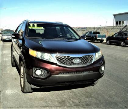 2011 Kia Sorento for sale at DESERT AUTO TRADER in Las Vegas NV