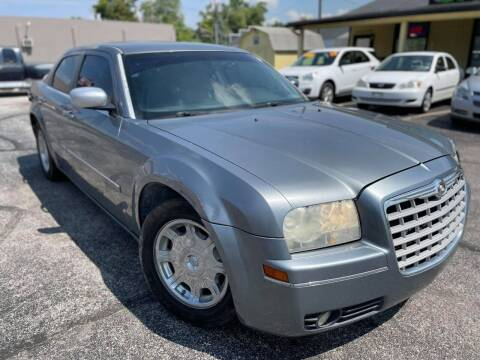 2006 Chrysler 300 for sale at speedy auto sales in Indianapolis IN