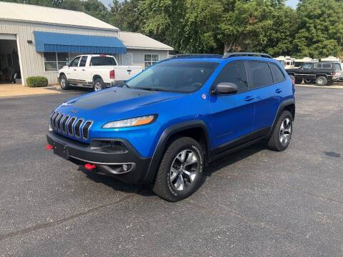 2017 Jeep Cherokee for sale at Jones Auto Sales in Poplar Bluff MO