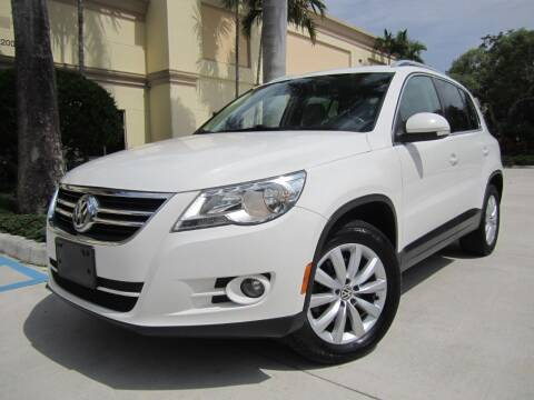 2011 Volkswagen Tiguan for sale at FLORIDACARSTOGO in West Palm Beach FL