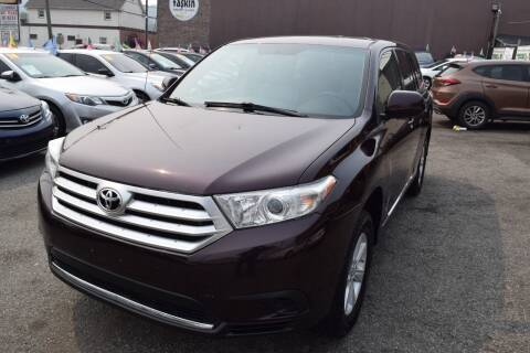 2012 Toyota Highlander for sale at VNC Inc in Paterson NJ