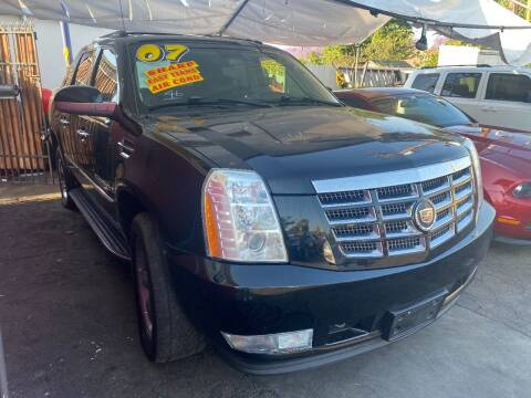2007 Cadillac Escalade EXT for sale at Crown Auto Inc in South Gate CA