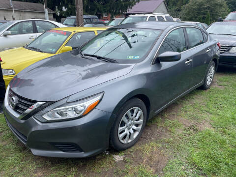 2016 Nissan Altima for sale at Trocci's Auto Sales in West Pittsburg PA