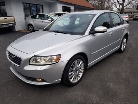2010 Volvo S40 for sale at Cedar Auto Group LLC in Akron OH