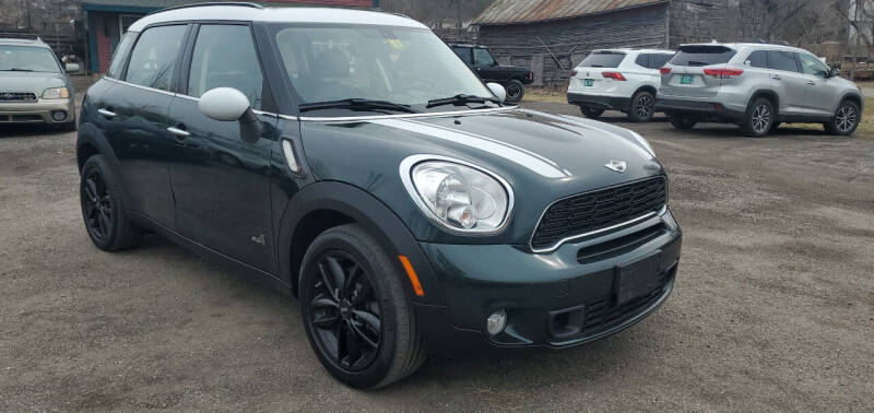 2014 MINI Countryman for sale at Village Car Company in Hinesburg VT