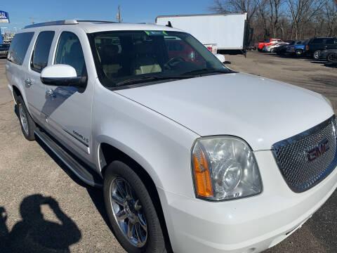 2009 GMC Yukon XL for sale at Ol Mac Motors in Topeka KS