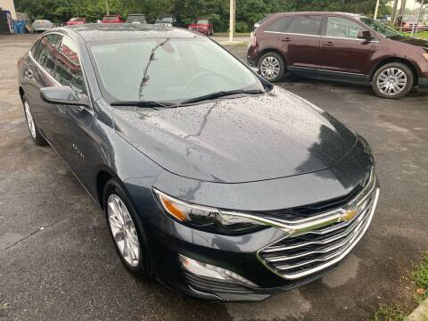 2019 Chevrolet Malibu for sale at Right Place Auto Sales in Indianapolis IN