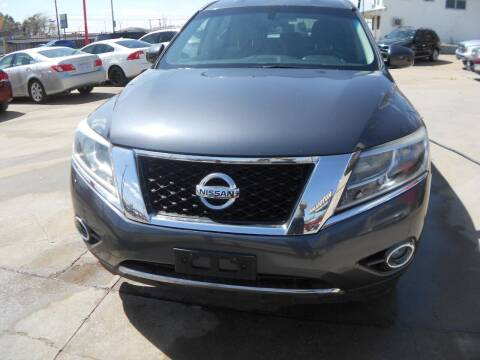 2013 Nissan Pathfinder for sale at CARDEPOT in Fort Worth TX