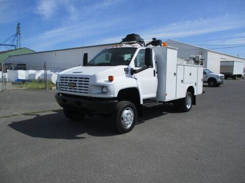 2007 Chevrolet 5500 Utility 4X4 for sale at BJ'S COMMERCIAL TRUCKS in Spokane Valley WA