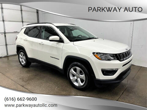 2018 Jeep Compass for sale at PARKWAY AUTO in Hudsonville MI