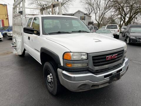 2007 GMC Sierra 2500HD Classic for sale at Virginia Auto Mall in Woodford VA