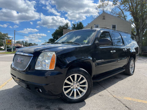 2007 GMC Yukon XL for sale at J's Auto Exchange in Derry NH
